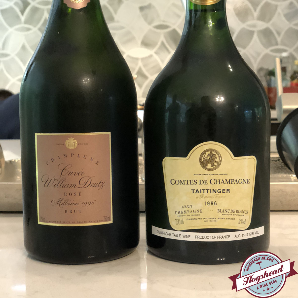 2. crème et bordeaux Capsule de champagne JACQUES Yves